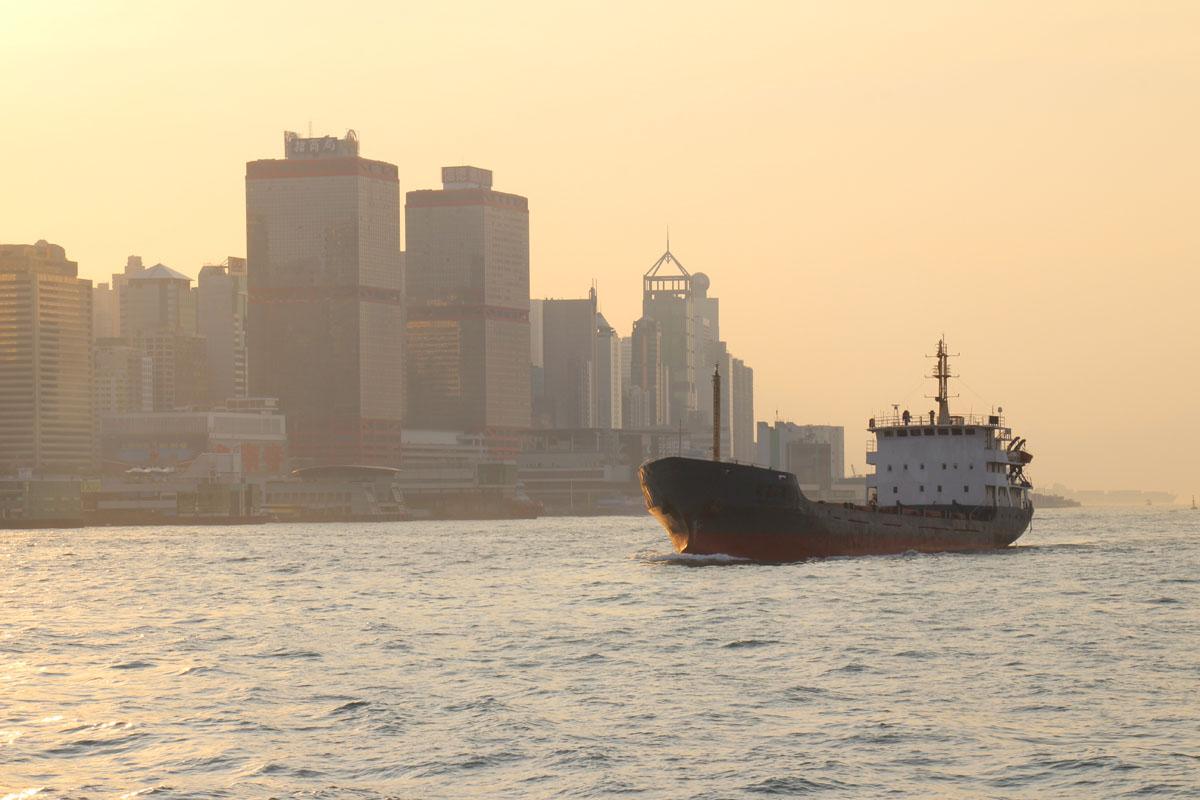 Abendrot im Hafen von Hong Kong