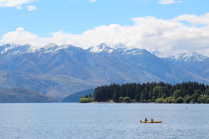 Echte Kajaker auf dem Wanaka See